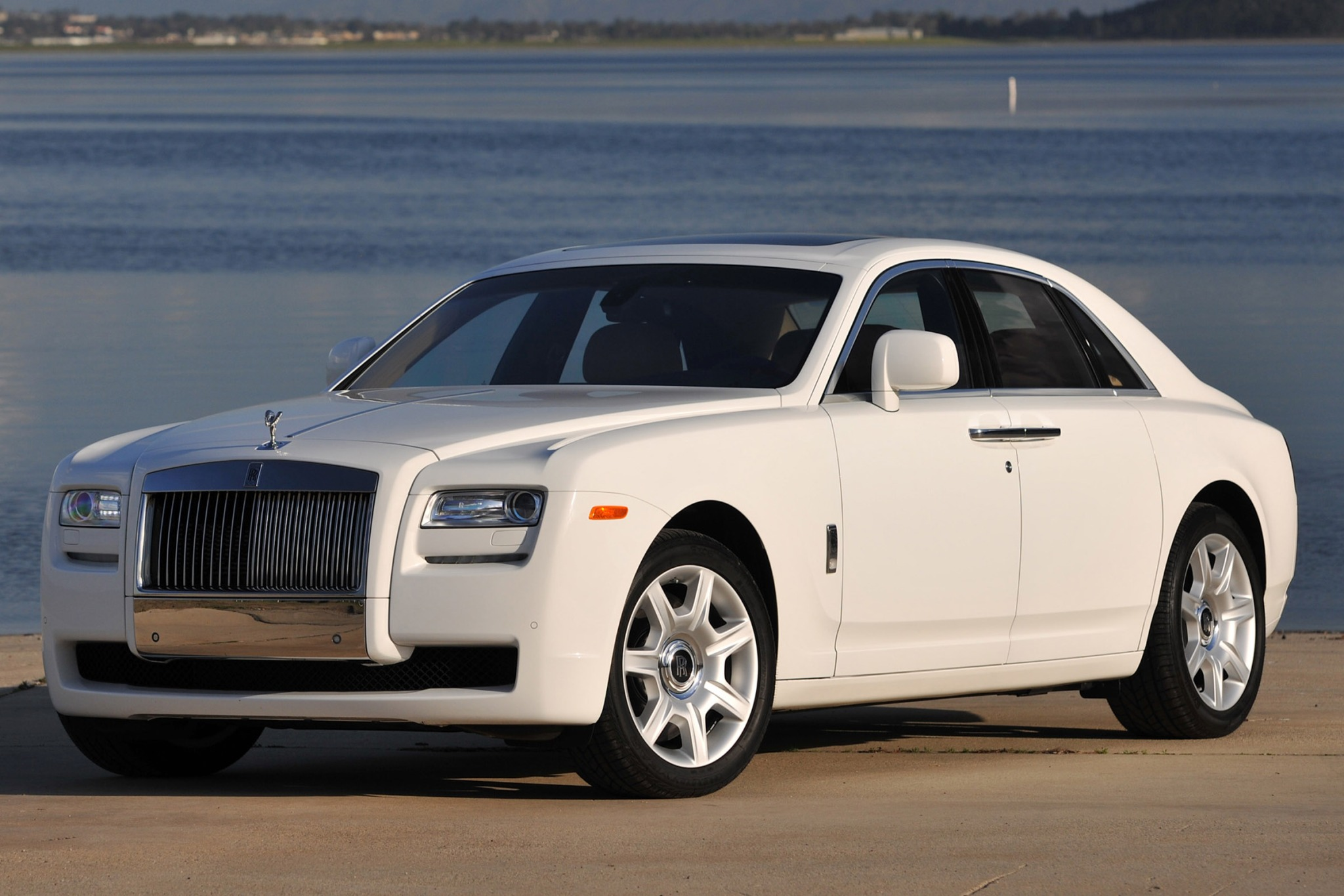 2014 Rolls-Royce Ghost VIN Number Search