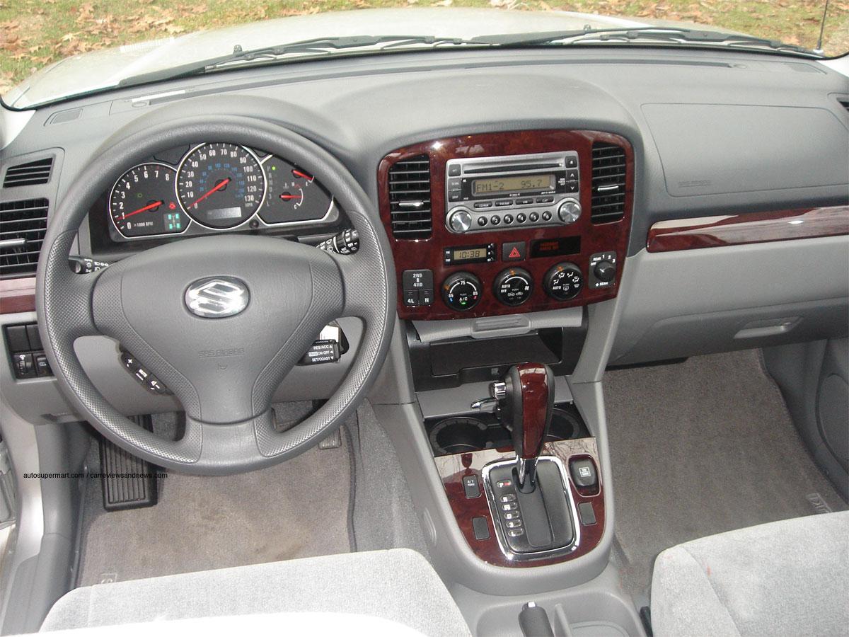 2006 Suzuki XL-7 Base 2WD