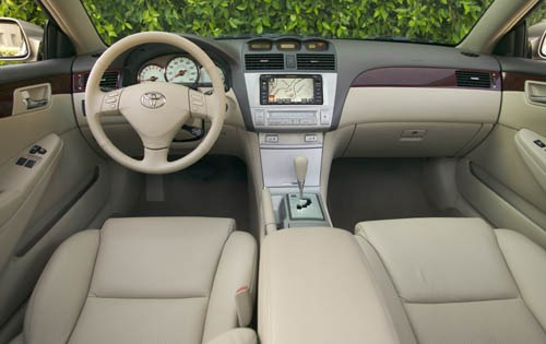 2005 Toyota Camry Solara Se