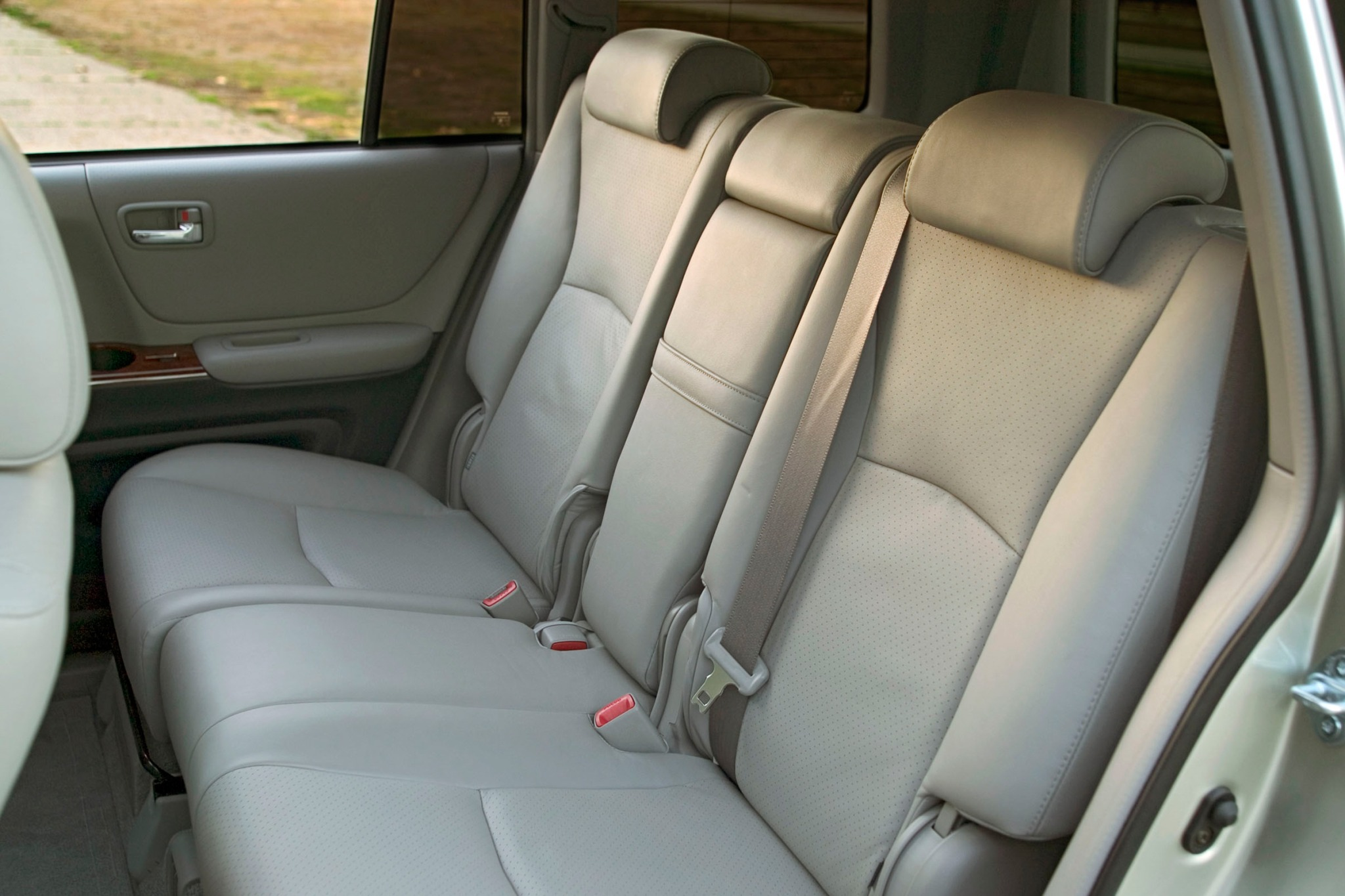 2007 toyota highlander hybrid 2wd vin lookup autodetective - Toyota highlander hybrid interior ...